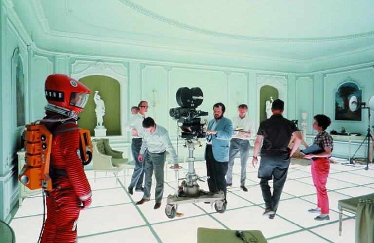 Kubrick, durant el rodatge de '2001: una odissea de l'espai' | Warner Bros. Entertainment Inc.