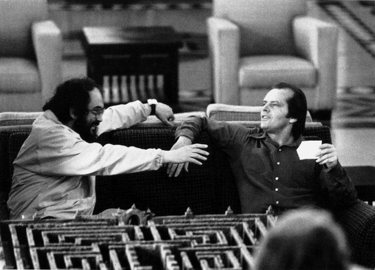 Kubrick, amb Jack Nicholson en una pausa del rodatge de 'The Shining' | Warner Bros.