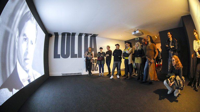 Sala dedicada a 'Lolita' en l'exposició 'Stanley Kubrick' | CCCB