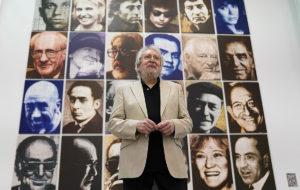 Antoni Miró, a La Base amb la seva obra              | La Miranda