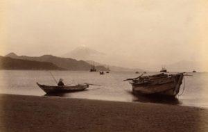 El mont Fuji vist des del port de Shimizu              | Anònim