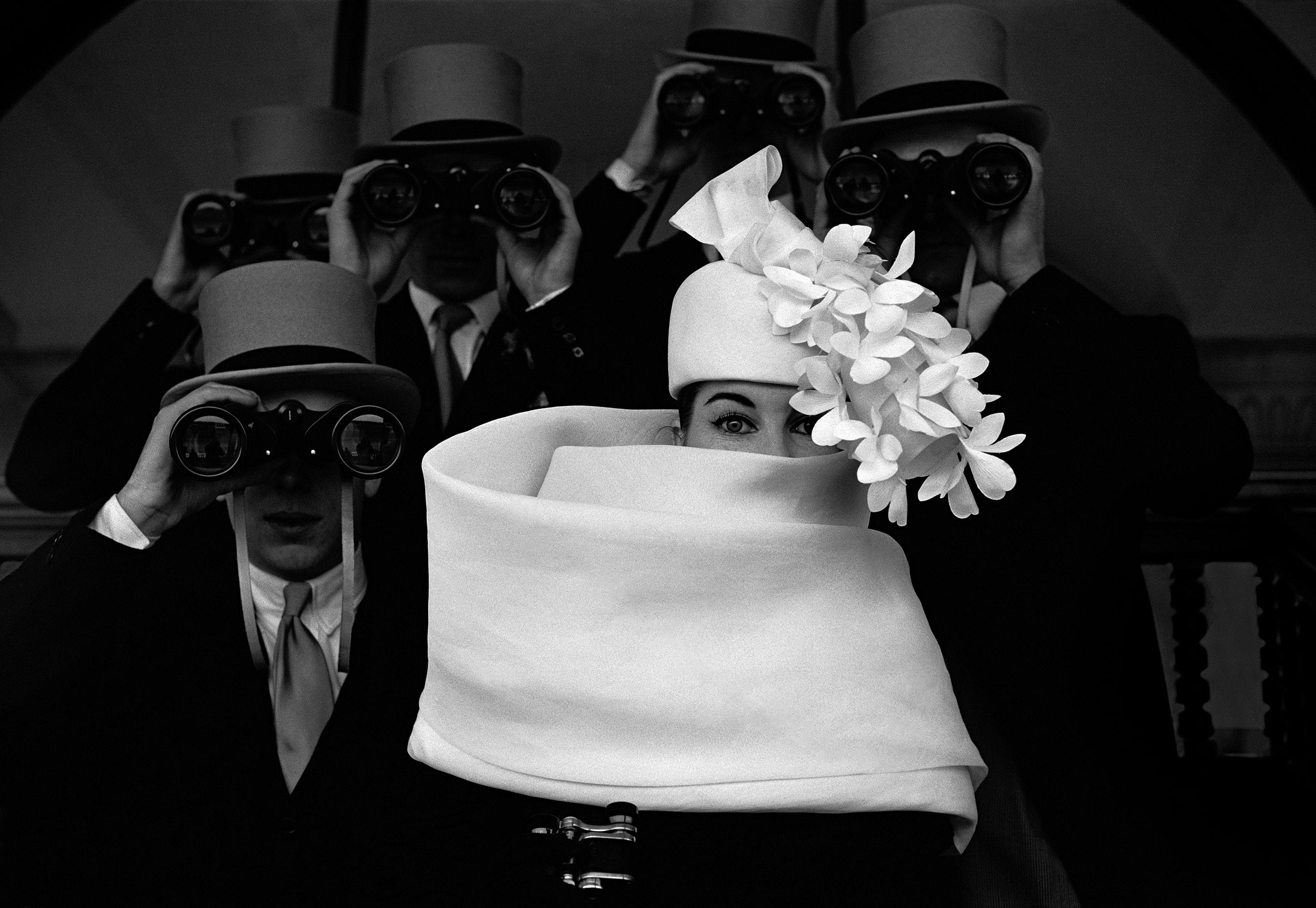 Barret de Givenchy per a 'Jardin des Modes'              | Frank Horvat