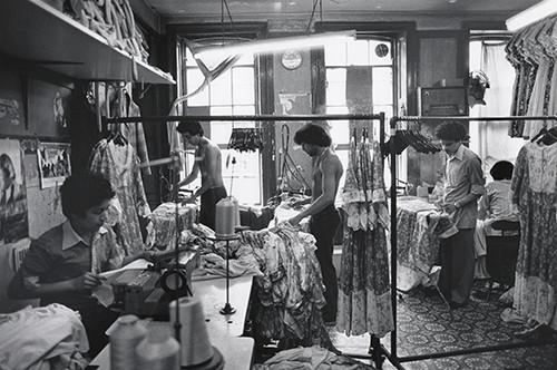 Treballadors del sector tèxtil, Aldgate, Londres, 1979 © Paul Trevor.