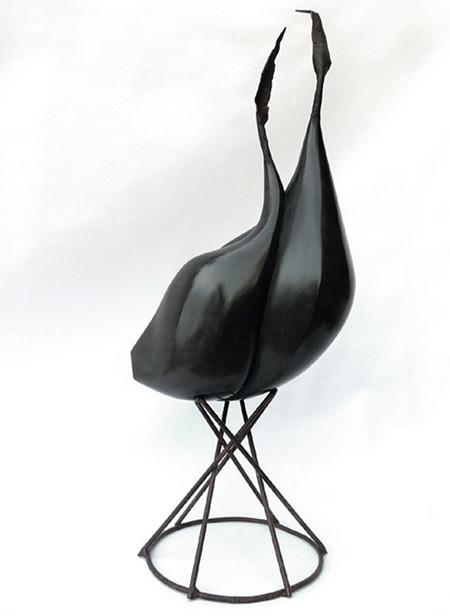 'Alls negres'. Isidre Tolosa Magriña. Talla de marbre de Calatorao i ferro