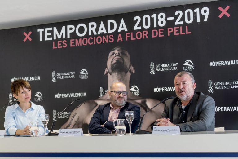 D'esquerra a dreta, Marga Landete, Jesús Iglesias i Francesc Fernández, durant la roda de premsa de presentació del concert. Fotografia: Mikel Ponce.