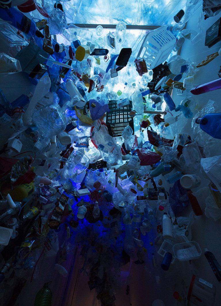 L'impressionant túnel de plàstic, al final de l'exposició. Foto: Museu de la Vida Rural.