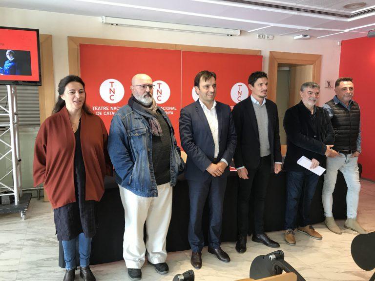 Catalina Solivellas, Rafel Duran, Francesc Miralles (conseller de Cultura del Consell de Mallorca), Carlos Forteza (Teatre Principal de Palma), Xavier Albertí (Director TNC) i Rafael Lladó