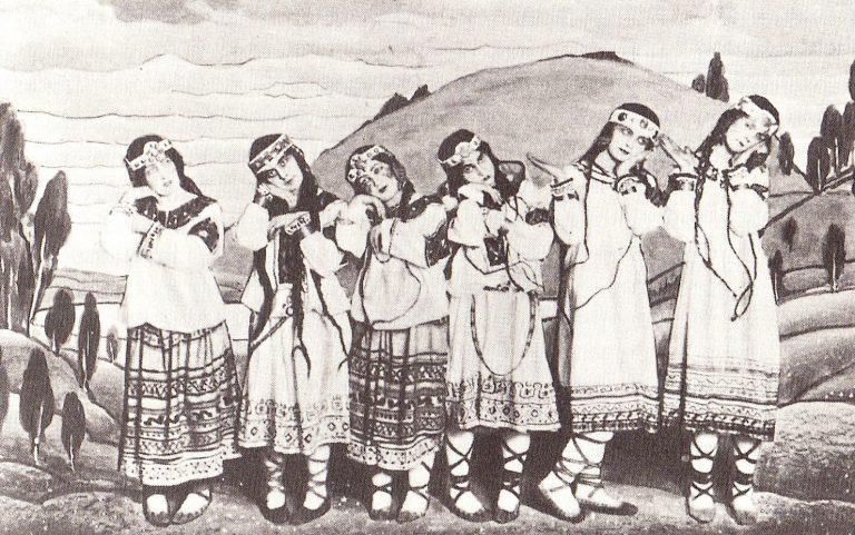 Les ballarines Julitska, Ramberg, Jejerska, Boni, Boniecka, Faithful posant amb el decorat i vestits originals a l'estrena de l'obra de Nijinski, el 1913.