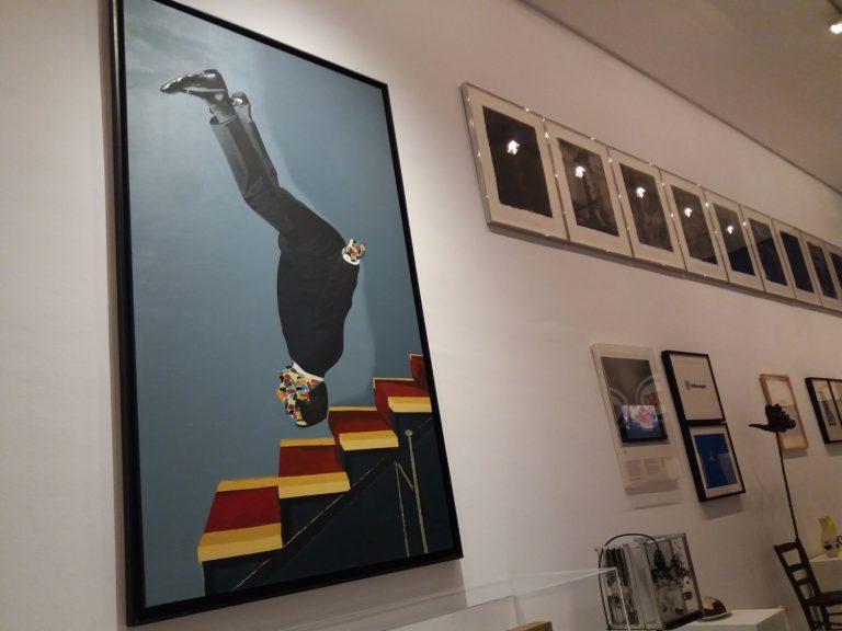 Secció dedicada a la influència de Duchamp, amb l'obra d'Eduardo Arroyo en primer terme.