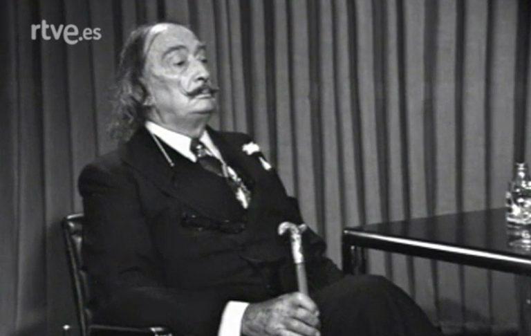 moment de l'entrevista 'A fondo' de Joaquin Soler Serrano (1977, arxiu TVE)