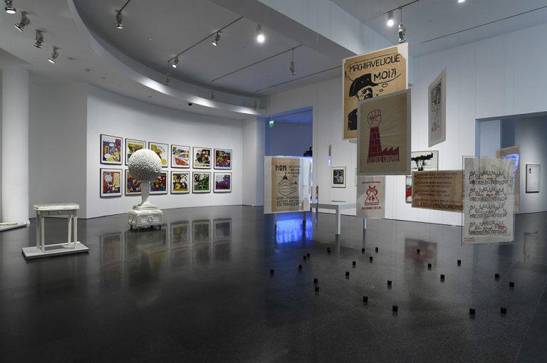 Una sala de la nova disposició de la col·lecció MACBA