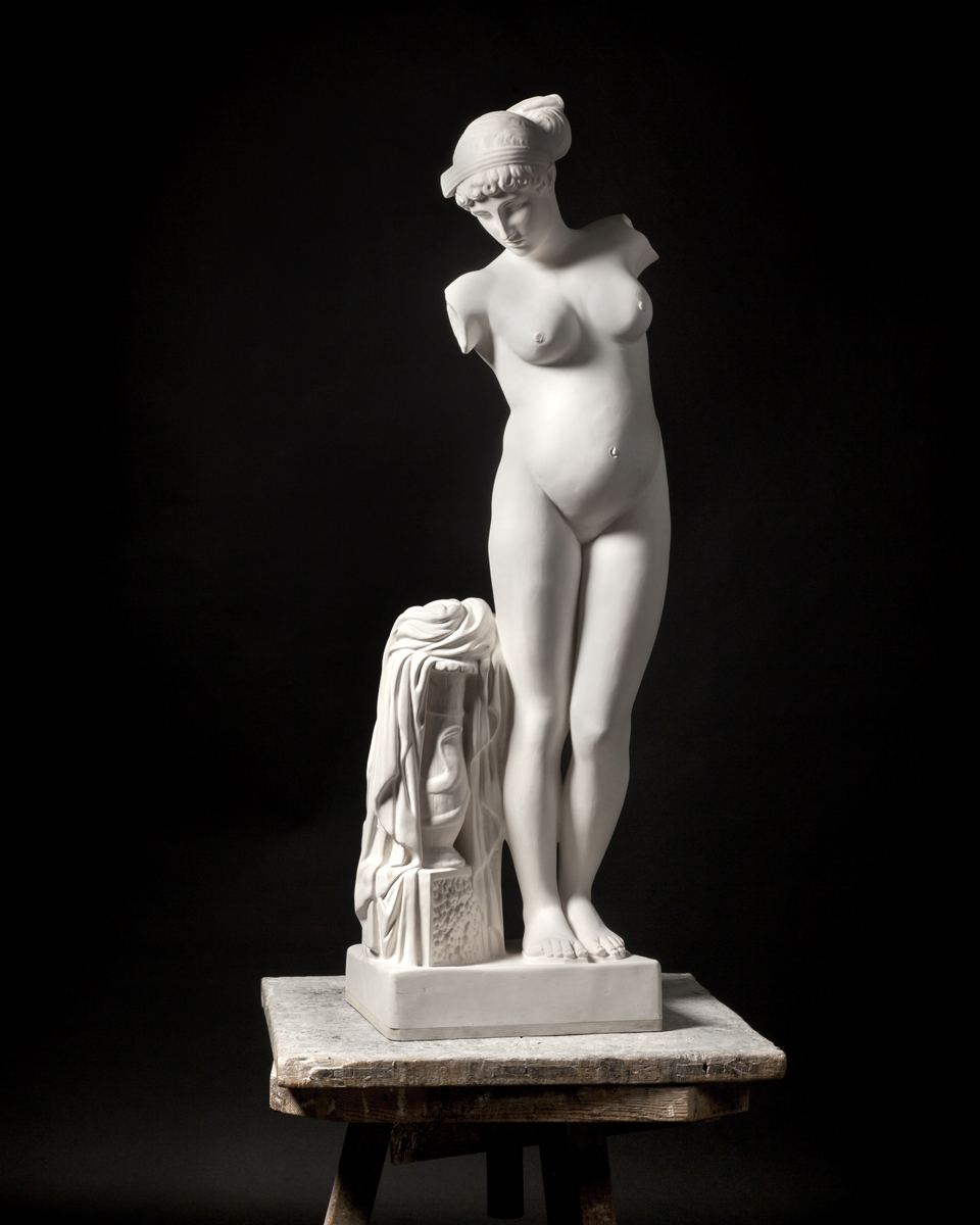 Venus (embarassada)              | Mateo Maté