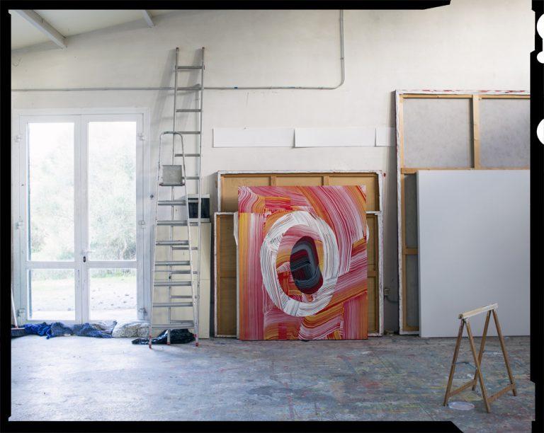 Una mitja panoràmica de l'estudi de Broto. Foto: Jean Marie del Moral