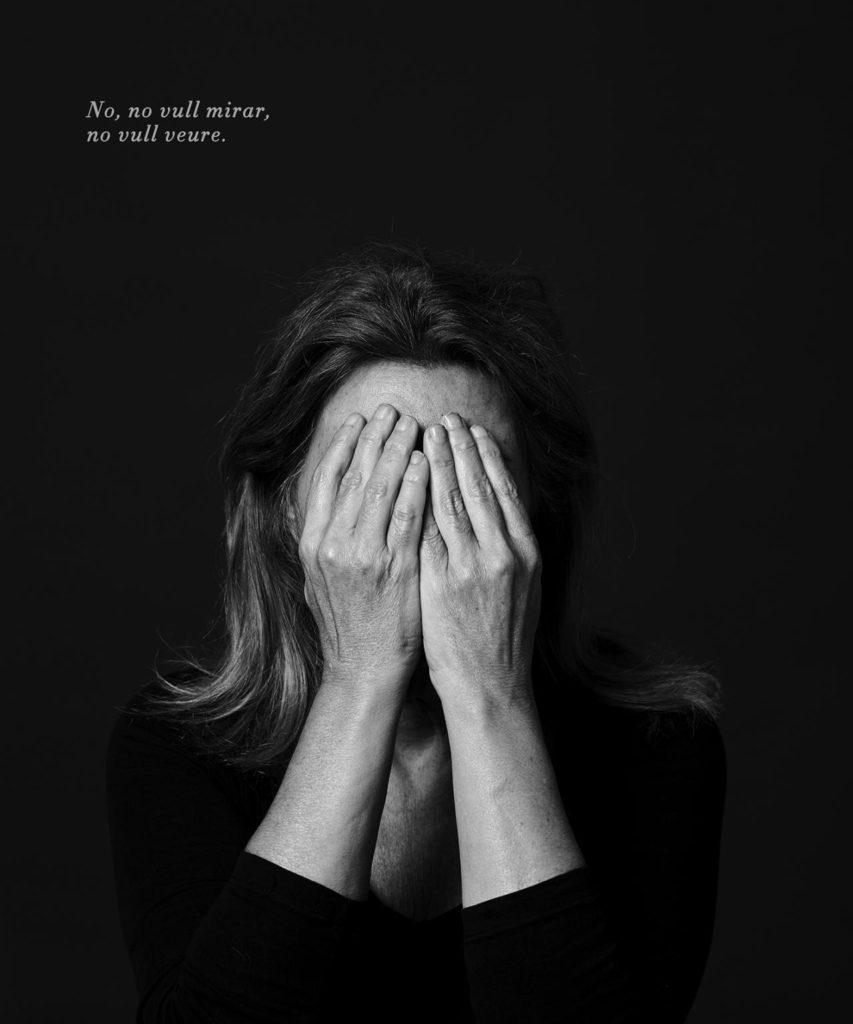 """Un dels retrats de dones maltractades de la sèrie """"De l'ombra a la llum"""" (2017)"""