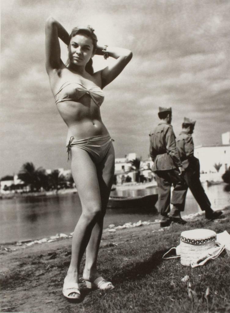 Monique, primer biquini d'Eivissa 1954 @ Oriol Maspons, VEGAP, Barcelona, 2019