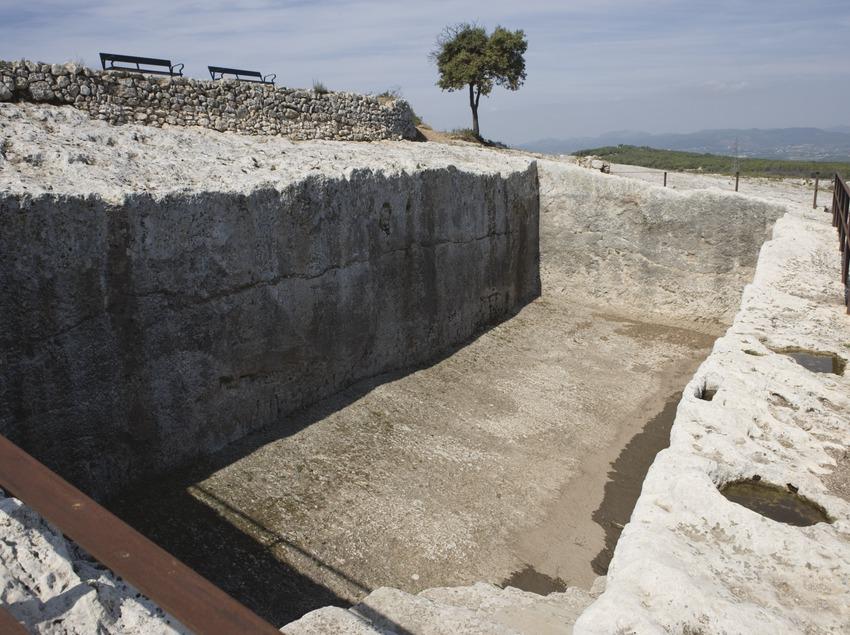 Les ruïnes d'Olèrdola. Foto: MAC