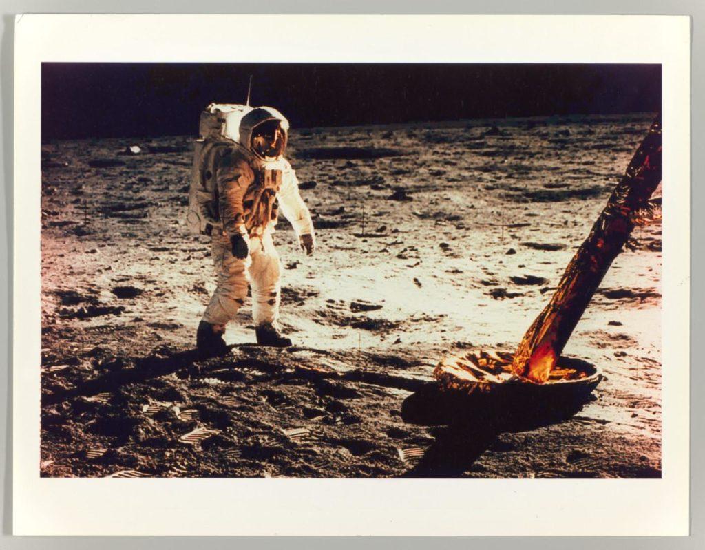 Una imatge d'Apollo's Muse, al MET de Nova York