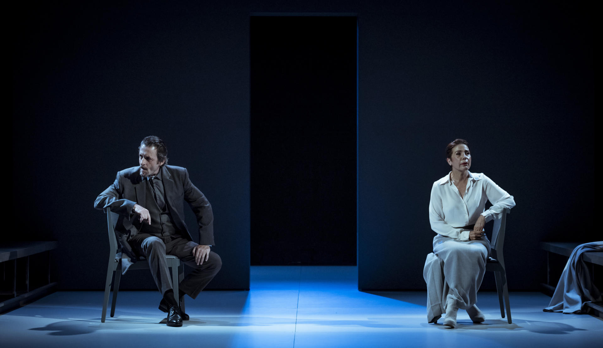 Ramon Madaula i Emma Vilarasau protagonitzen 'Casa de nines. 20 anys després' al Romea