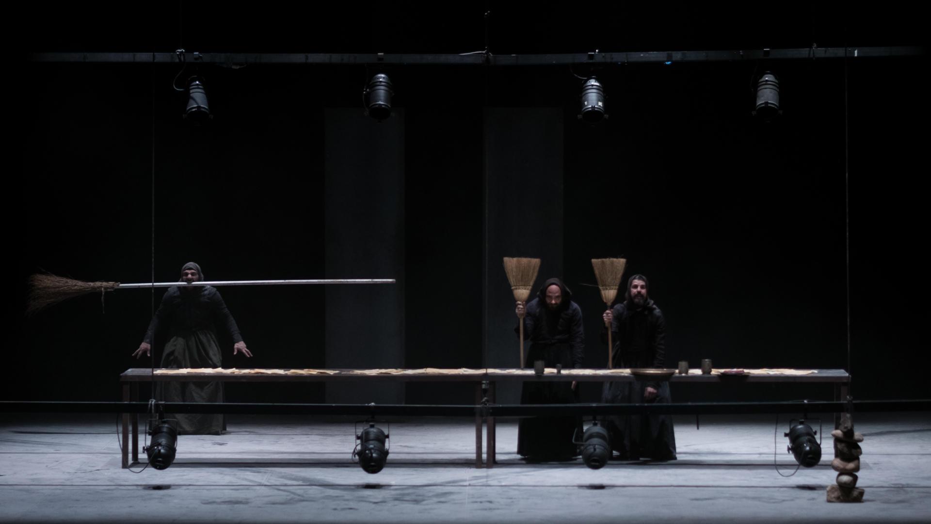 Alessandro Serra ens ha presentat un magnífic 'Macbeth' en sard a Temporada Alta