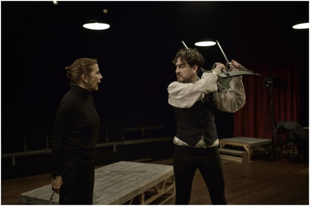 Emma Vilarasau s'ha aliat amb molts dramaturgs catalans, com Pere Riera (a la foto, fen 'Infàmia')