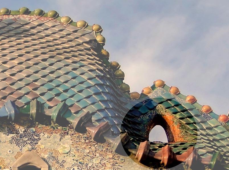 Casa Batlló - teulada i ull del drac