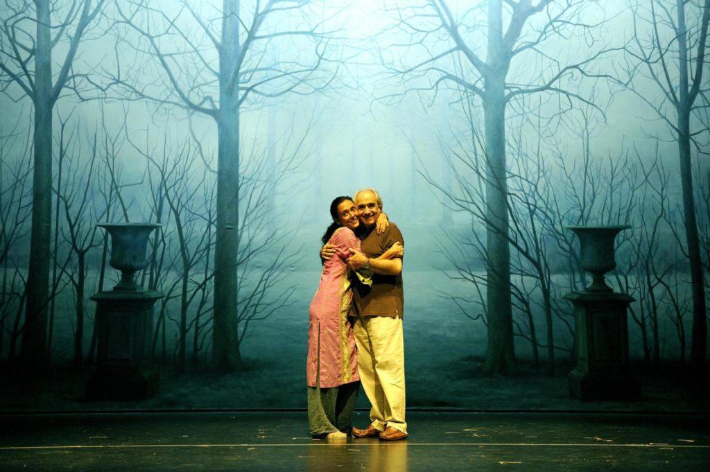 Ricard Salvat amb la coreògrafa Marta Carrasco els dies previs a l'estrena d''Un dia.Mirall Trencat', al Teatre Borràs. Foto: David Ruano