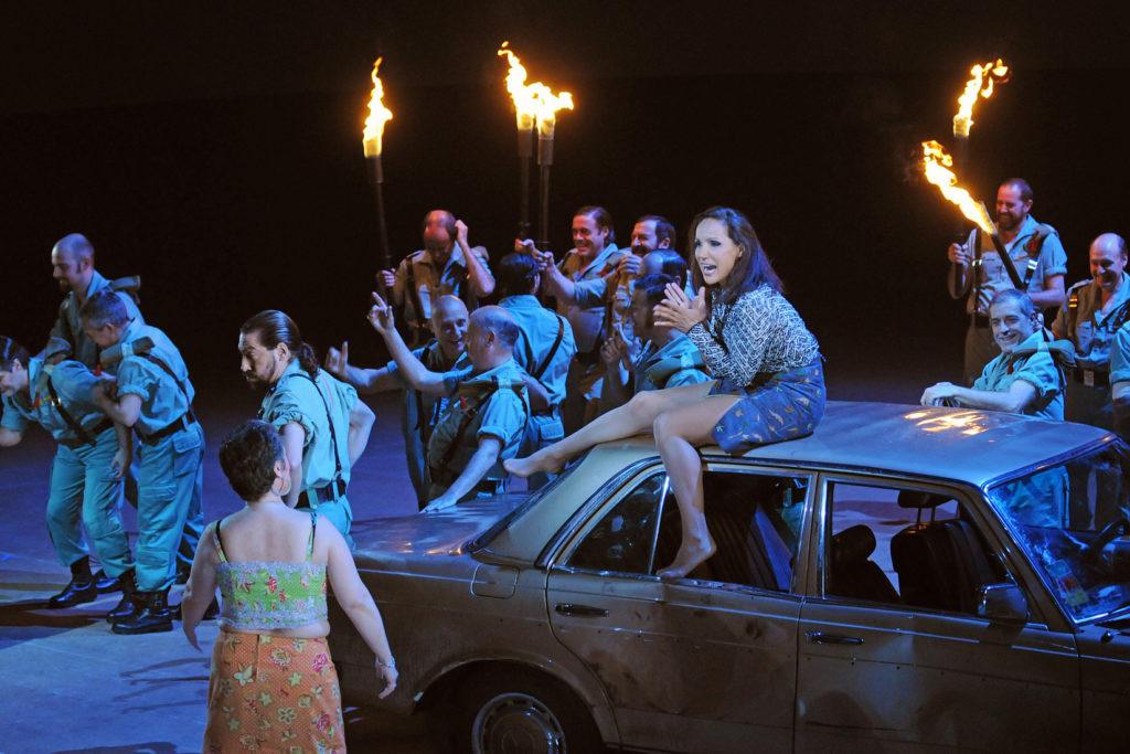 El Liceu tanca temporada amb Carmen en el muntatge que significà el debut de Calixto Bieito a l'òpera. Foto A. Bofill