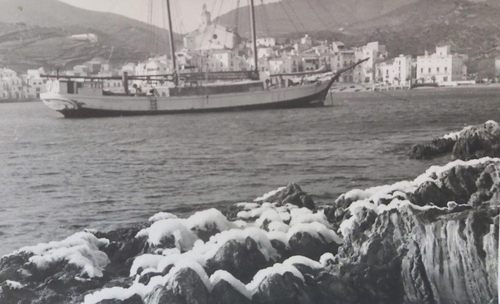 Postal de Cadaqués, 10 de febrer de 1956. Fotografia: Joan Vehí.