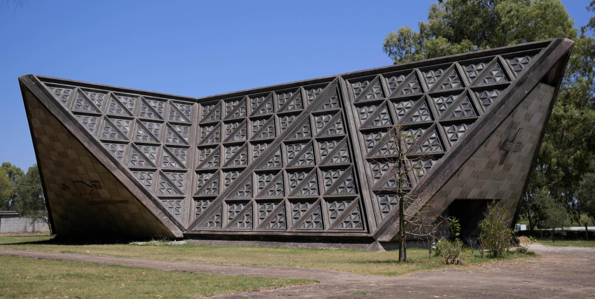 Exterior de la CapellaSusanaSoca en la localitat de Soca, a l'Uruguai. Foto: MartaMulas.