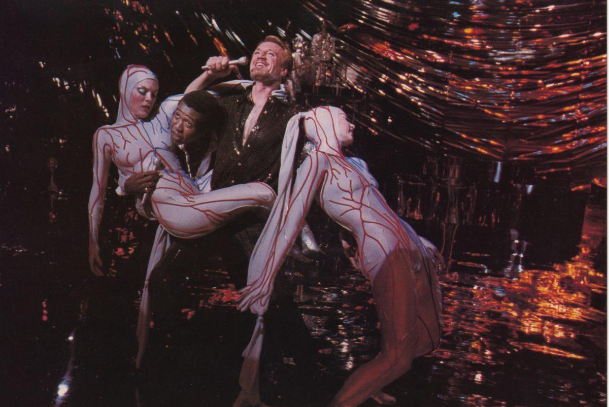 "Fotograma del número final del film ""All That Jazz"" (Bob Fosse, 1979): ""Bye, bye, life"""