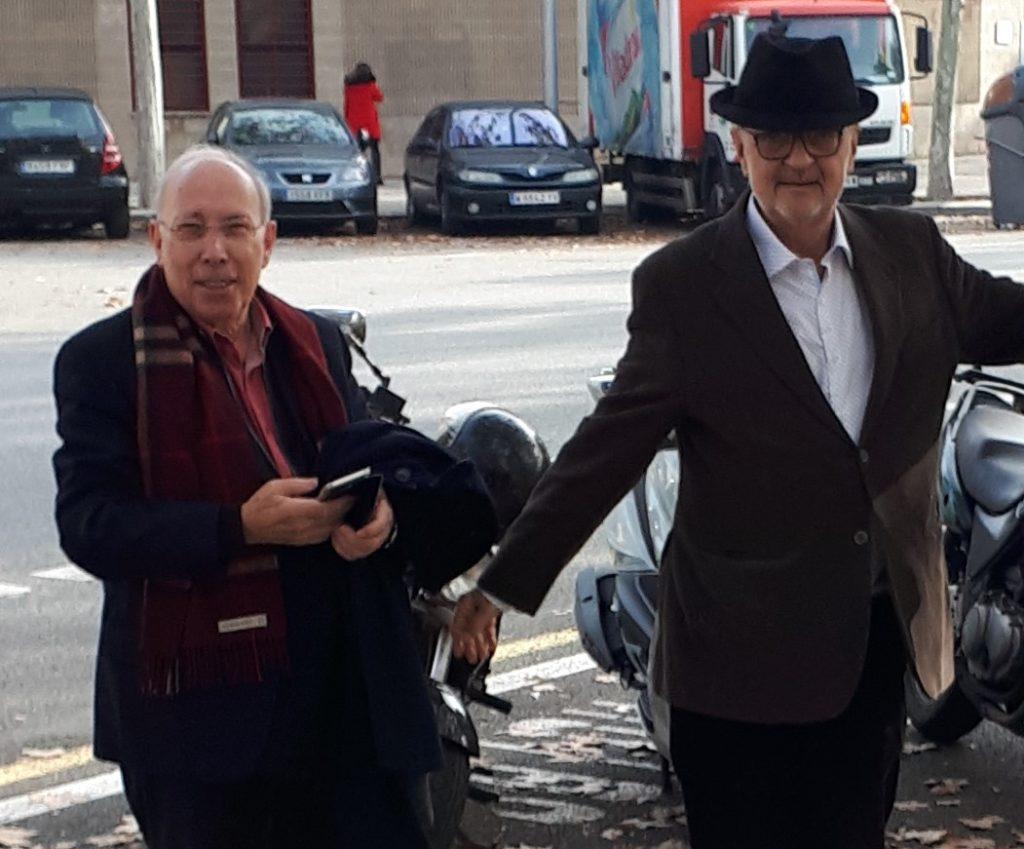 Manuel Cuyàs amb l'escultor Pere Casanovas. Fotografia: Laura Parellada.