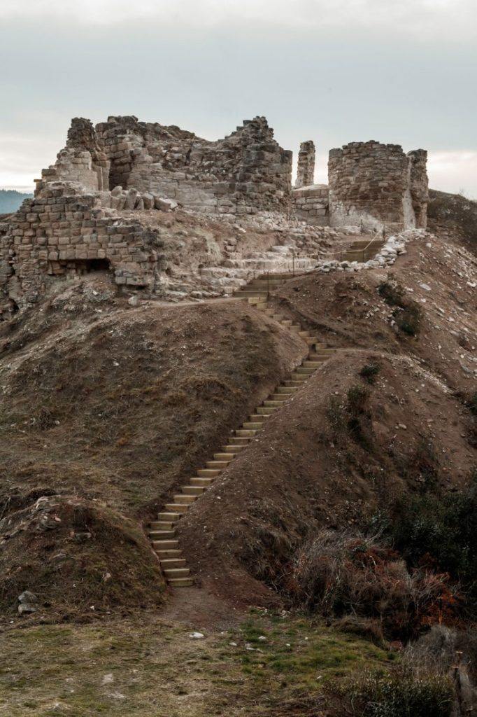 Restauració del Castell de Jorba. www.metalocus.es