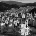La urbanització fantasma de falsos chateaux francesos de Burj Al Babas, a Turquia.