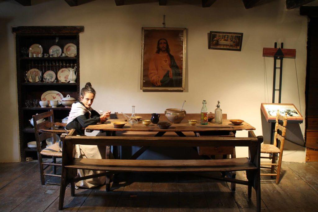 L'Esperanceta al menjador de Casa Gassia. Font: Facebook – Esperanceta.