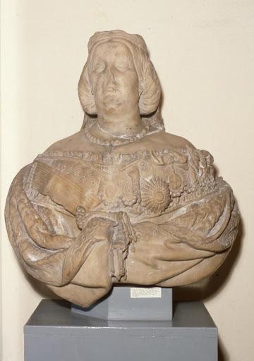Bust d'Isabel II, amb les mutilacions fruit de la revolució de la Gloriosa. CDMAE.