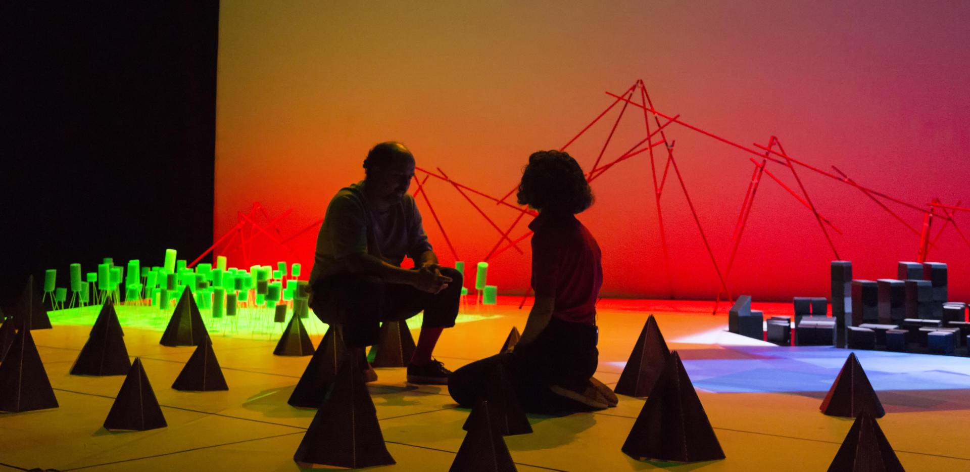 'Tierras del sud', d'Azkona&Toloza, es va estrenar al Théâtre de la Ville de París. Foto: Alessia Bombaci