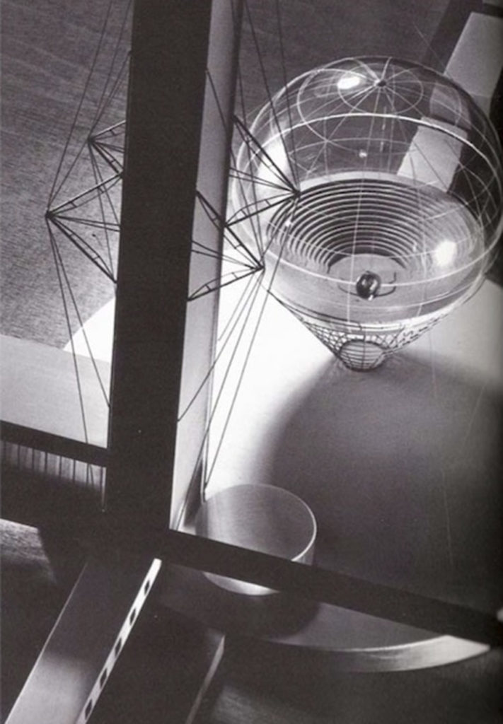 Ivan Leonidov, maqueta de l'amfiteatre de l'Institut Lenin del seu projecte final de carrera, 1927