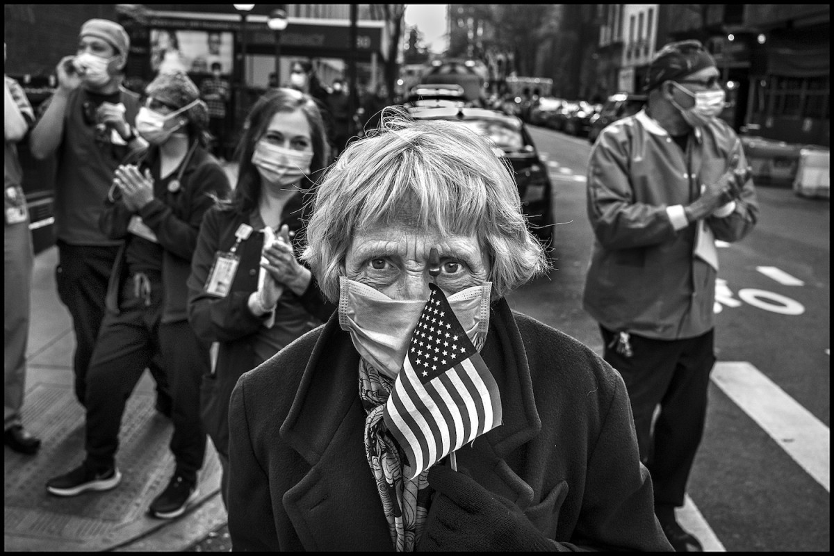 "Peter Turnley: ""Le visatge humain du Covid-19 à New York""."