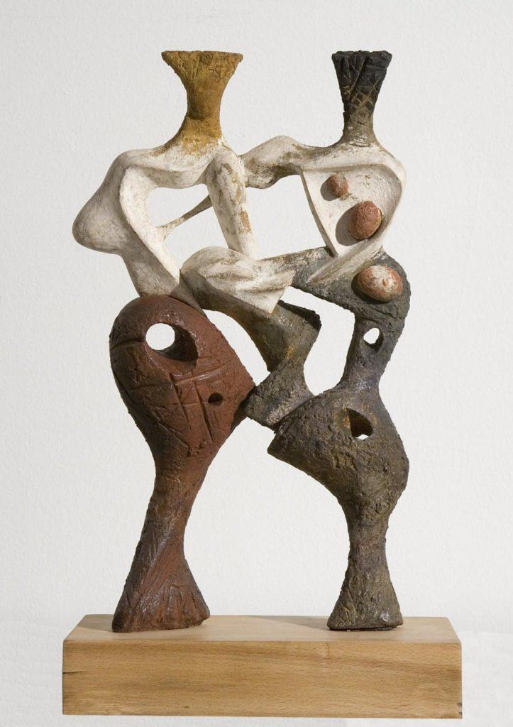 Àngel Ferrant. Muchachas enlazadas, 1952. Suro i fusta amb armadura de filferro, estuc i policromia. Cortesia Fundació Vila Casas