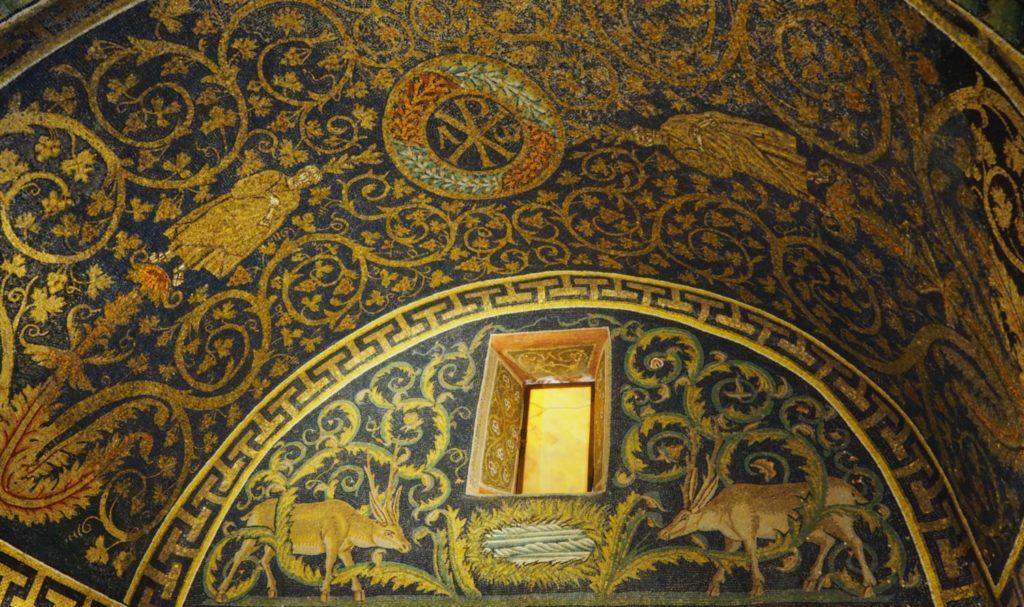 Mosaic d'una de les voltes del Mausoleu de Gal·la Placídia a Ravenna / ÀLEX MILIAN