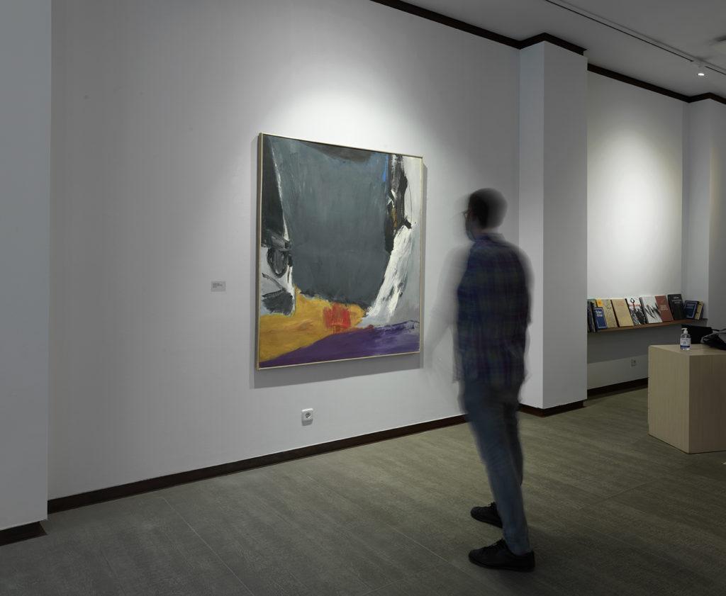 Vista de l'exposició de José Guerrero: El paño de la Verónica, c. 1966. Oli sobre tela. Fotografia: cortesia Galeria Mayoral.