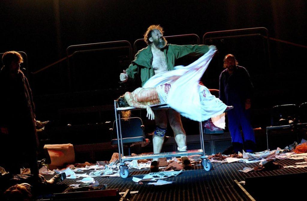 Josep Maria Pou com a rei Lear al Romea, amb direcció de Calixto Bieito. Foto: Romea