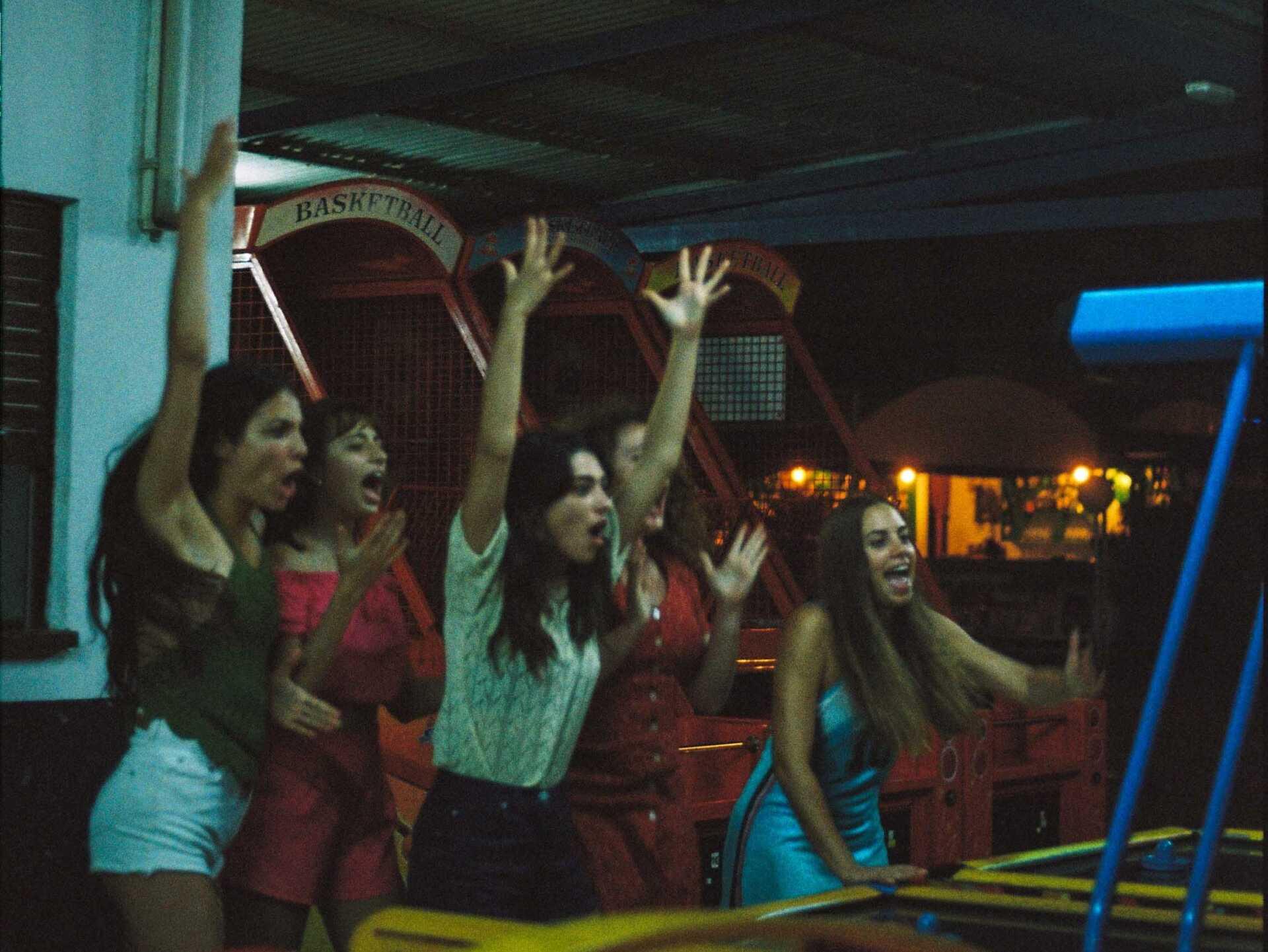 Les actrius de 'La casa sin Bernarda', de Paula Errando. Foto: Lola Errando